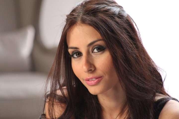 من هي هبة طوجي الفنانة اللبنانية هبة طوجي تحيي حفل غنائي في الرياض بالتعاون مع هيئة الترفيه